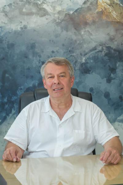 MUDr. Jaroslav Vaněk